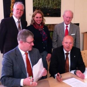 Unterschrift AccuMeda neuer Paechter des Radonstollens Bad Kreuznach 2013